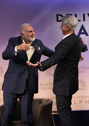 Carl Icahn Disses Janet Yellen and Hugs Bill Ackman