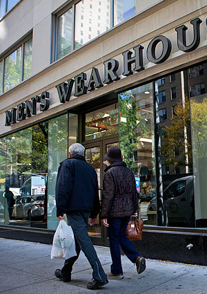 Some Hedge Funds are Still Shopping at Brick and Mortar Chains