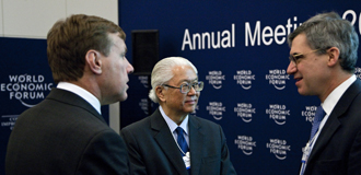 Davos 2011: Summit CEOs Cautiously Confident Despite Looming Risks
