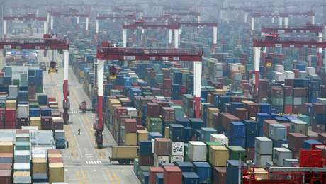 Chinese Exports Slump, Giving Leaders a Dilemma