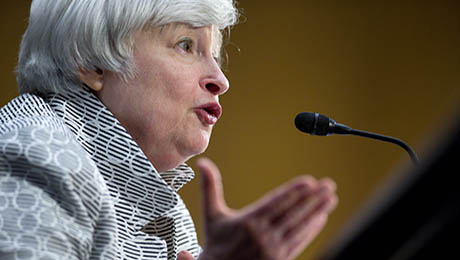 As Fed Takes 'Considerable Time,' Investors Head to Unconstrained Bond Funds