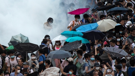 Authorities Begin Arresting Leaders of Hong Kong Protests