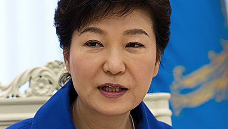 South Korean President Park Geun-hye Minds the Economic Gaps