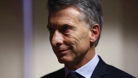 How Macri Could Woo Singer and Other Bond Holdouts
