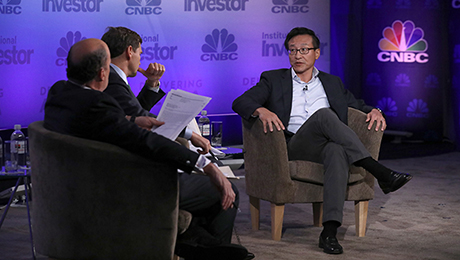 Jim Chanos and Joseph Tsai Spar over Value of Alibaba