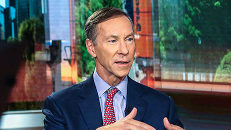 Vanguard CEO Steps Down