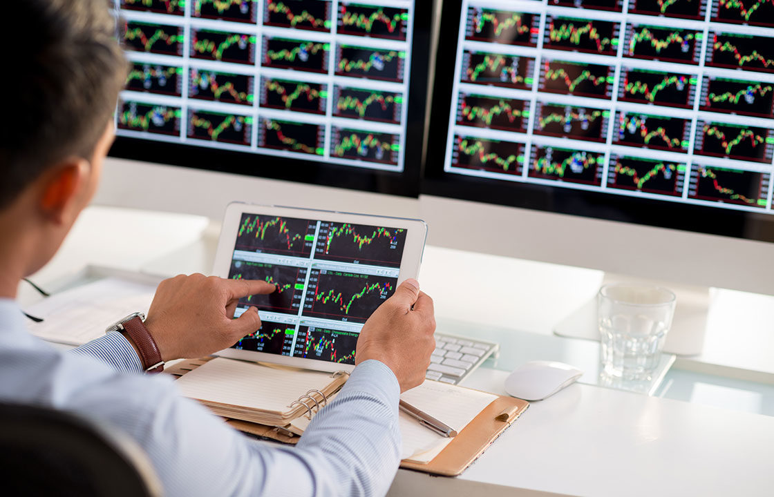 It's No Anomaly – Personal Relationships Matter Big Time in Algorithmic Trading