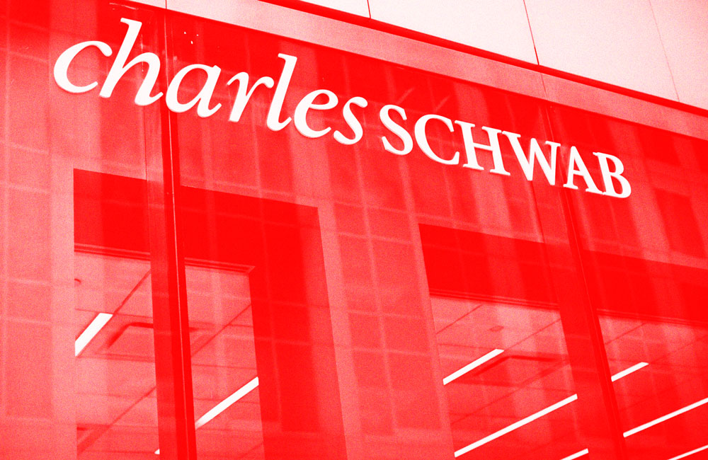 Charles Schwab Corporation PAC Halts Political Contributions in 2021