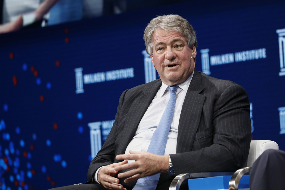 Leon Black Is Stepping Down as CEO of Apollo