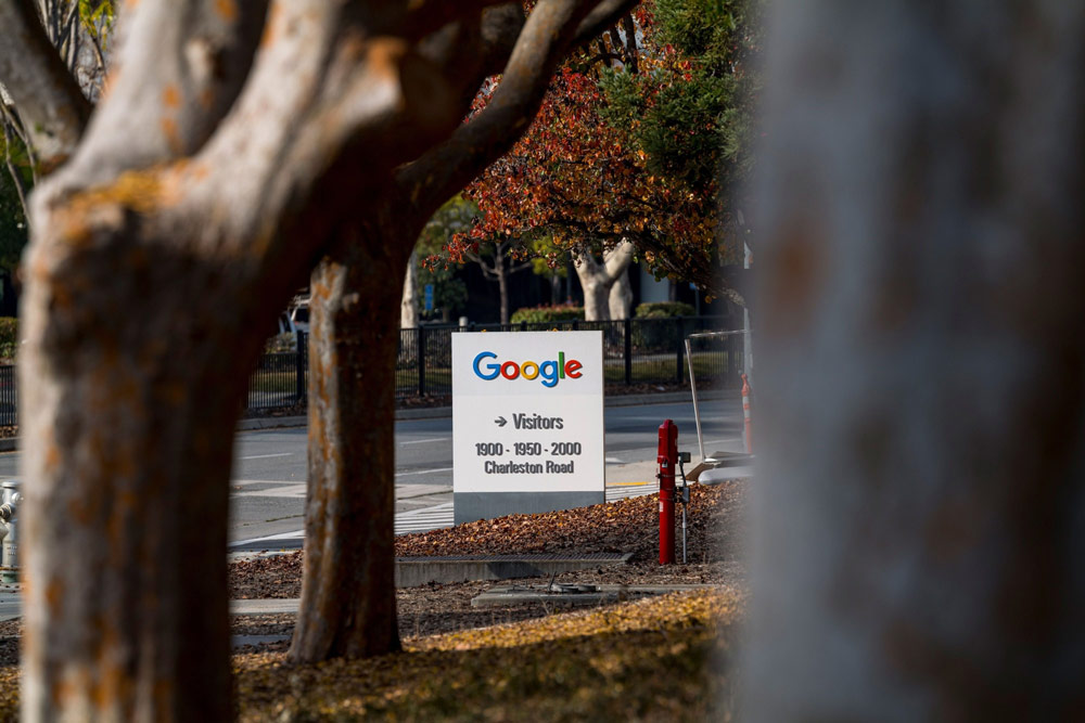 Google Plans to Invest Half a Billion Dollars in JPMorgan's Racial Equity Push