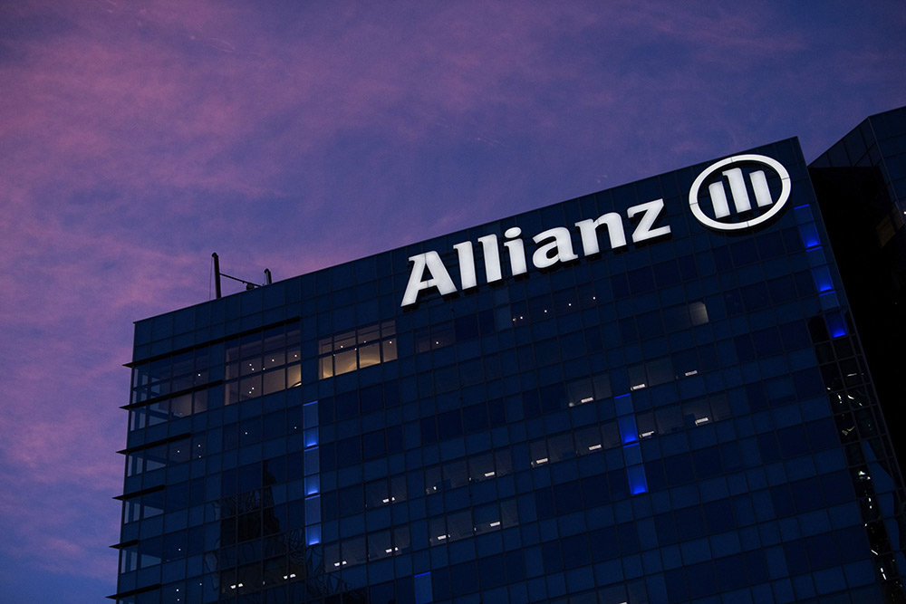 Raytheon Technologies Joins Crowd of Investors Suing Allianz