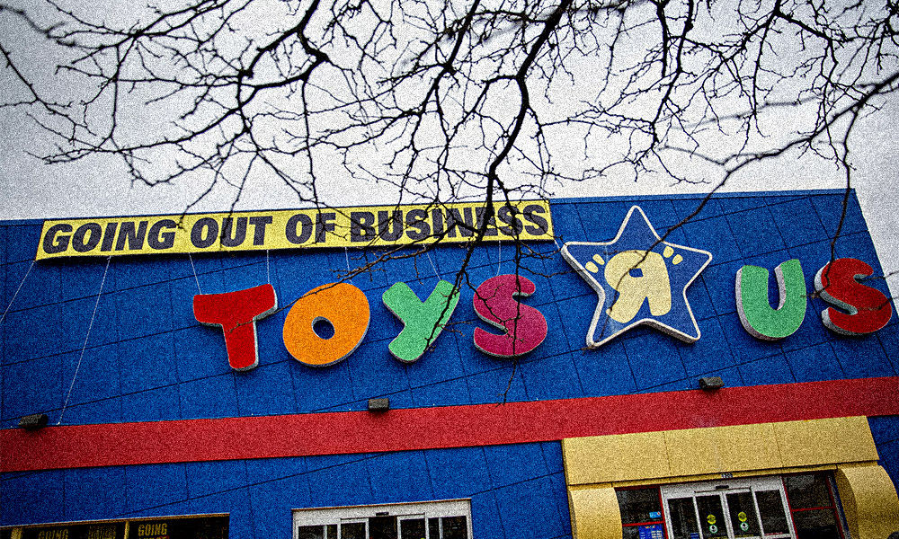 KKR, Bain Create Relief Fund for Toys 'R' Us Workers After Failed Buyout