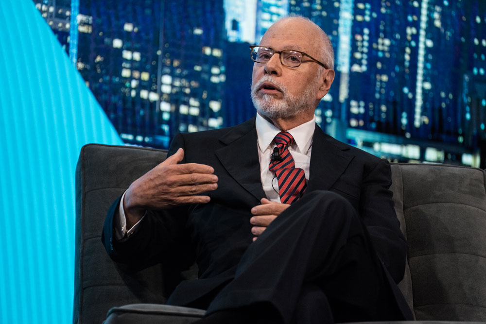 Do Paul Singer's Restructuring Targets Lag the Market?