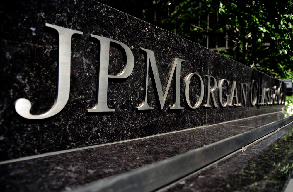 JPMorgan Cuts Asset and Wealth-Management Staff