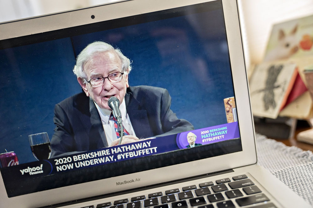 Warren Buffett (Andrew Harrer/Bloomberg)